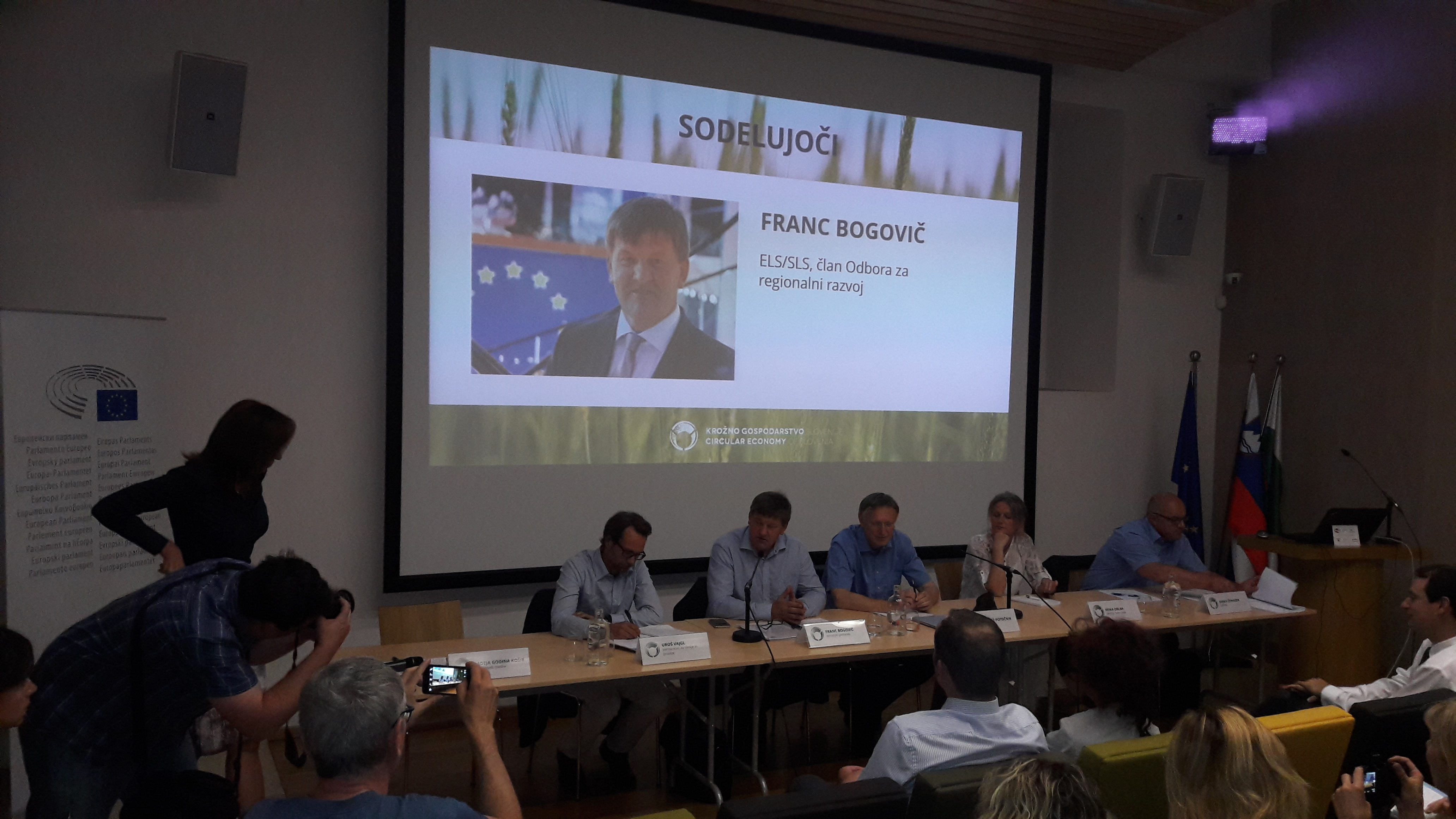 G. Franc Bogovič podpisuje Manifest Renovate Europe